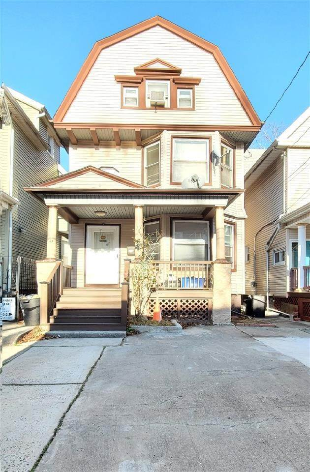 Single Family Home for Sale at 146 JEWETT AVENUE Jersey City, New Jersey, 07304 United States