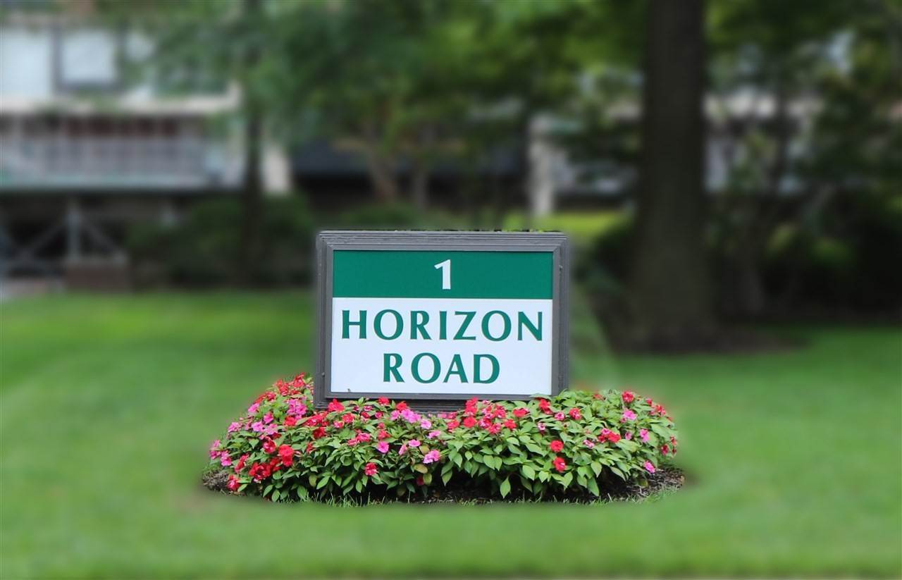 Cooperative for Rent at 1 HORIZON ROAD Fort Lee, New Jersey, 07024 United States