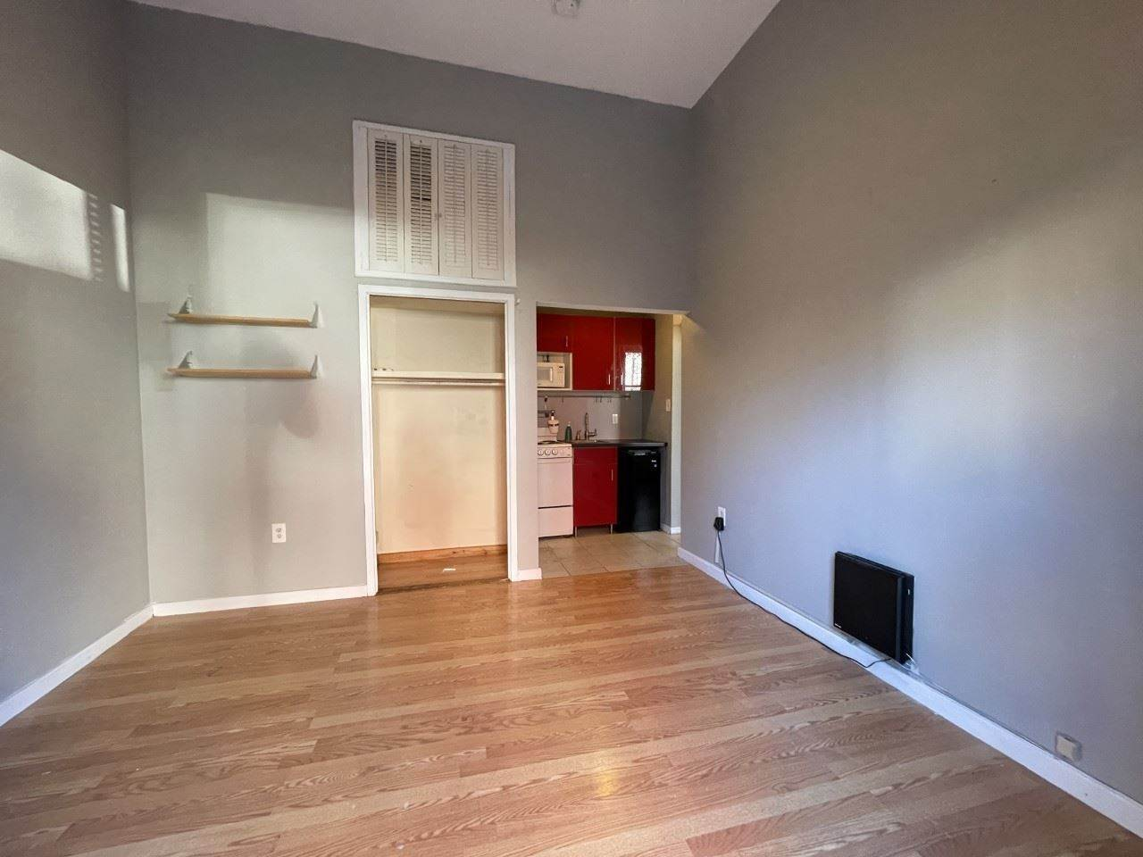 3. Single Family Home for Rent at 1145 GARDEN STREET #S1 Hoboken, New Jersey, 07030 United States
