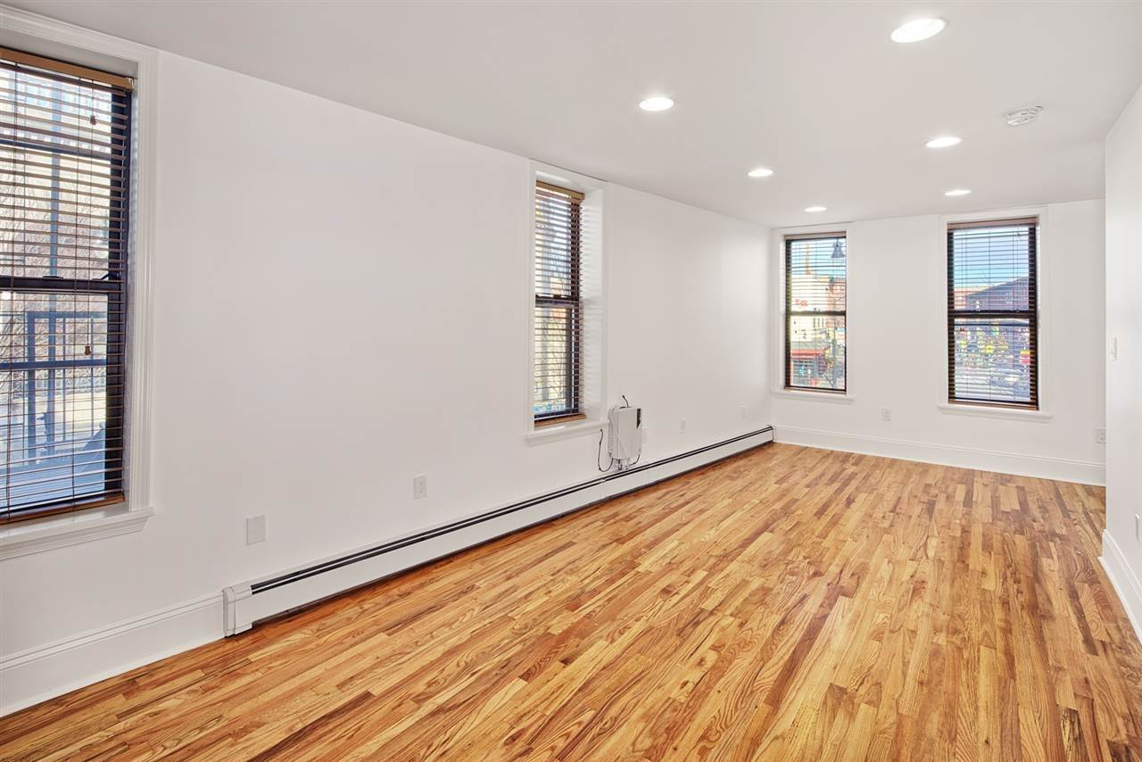 2. Single Family Home for Rent at 540 JERSEY AVENUE #1 Jersey City, New Jersey, 07302 United States