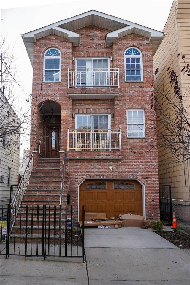 Multi-Family Homes for Rent at 75 BEACON AVENUE #1 Jersey City, New Jersey, 07306 United States