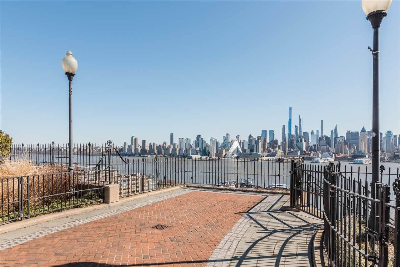 Condominium for Rent at 851 BOULEVARD EAST #D2 Weehawken, New Jersey, 07086 United States