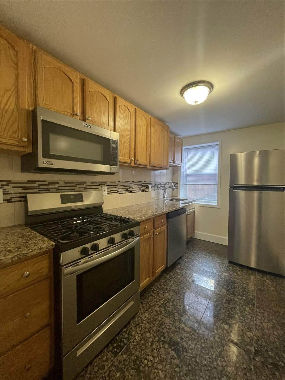 Single Family Home for Rent at 204 CHRISTOPHER COLUMBUS DRIVE #1 Jersey City, New Jersey, 07302 United States