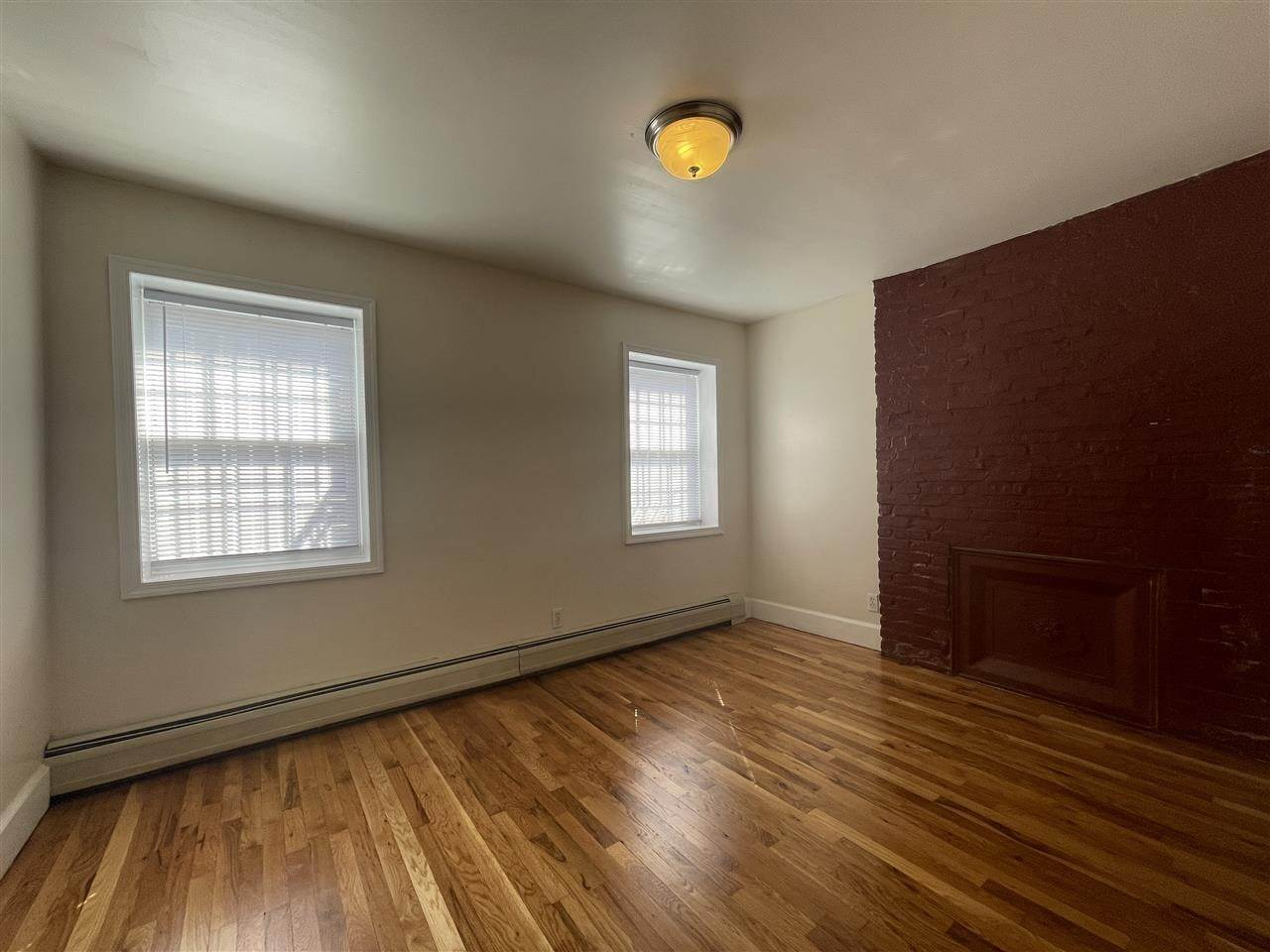 5. Single Family Home for Rent at 204 CHRISTOPHER COLUMBUS DRIVE #1 Jersey City, New Jersey, 07302 United States