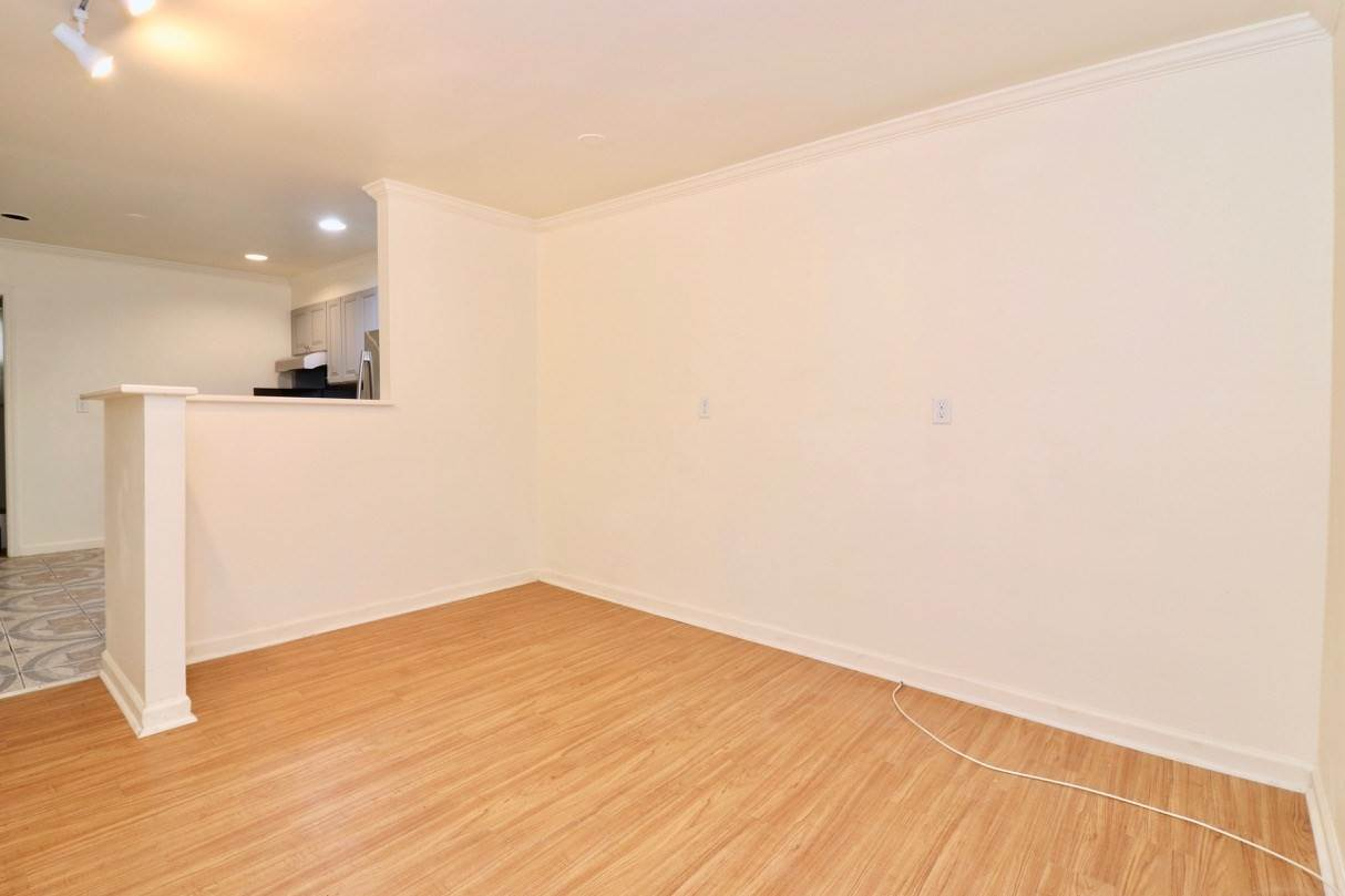 2. Apartments / Flats for Rent at 165 GRAND STREET #1 (G) Jersey City, New Jersey, 07302 United States