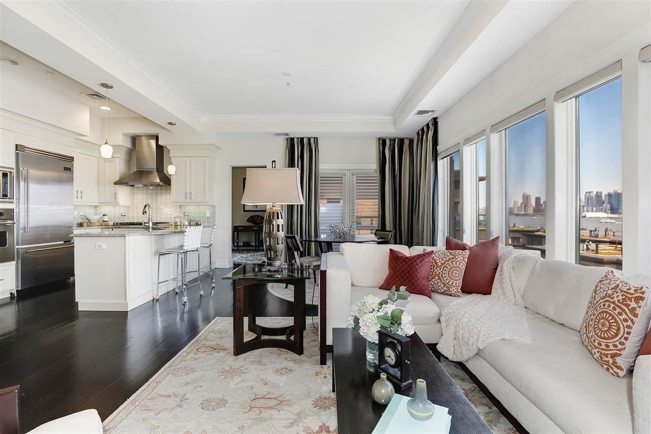 2. Single Family Home for Rent at 50 CAMBRIDGE WAY #50 Weehawken, New Jersey, 07302 United States
