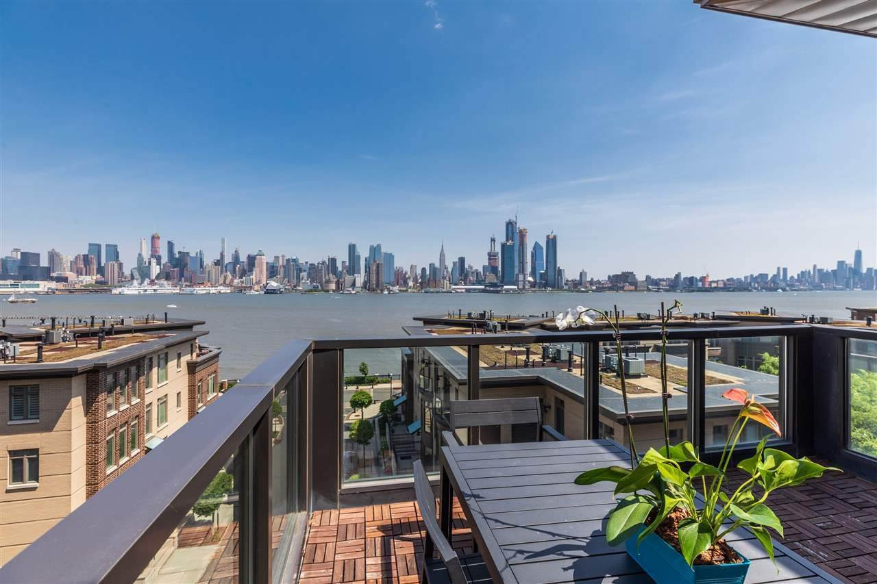 13. Single Family Home for Rent at 50 CAMBRIDGE WAY #50 Weehawken, New Jersey, 07302 United States