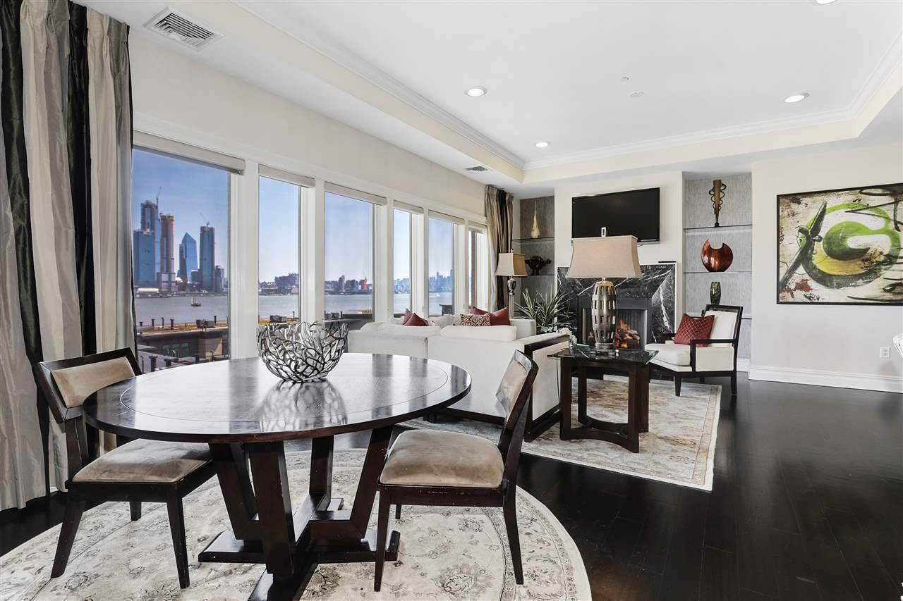 5. Single Family Home for Rent at 50 CAMBRIDGE WAY #50 Weehawken, New Jersey, 07302 United States