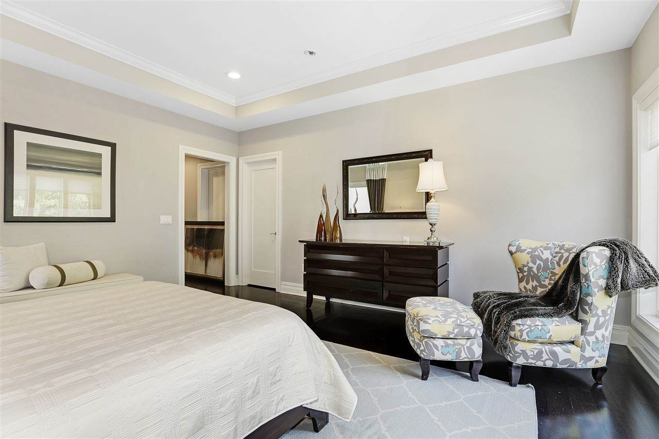 9. Single Family Home for Rent at 50 CAMBRIDGE WAY #50 Weehawken, New Jersey, 07302 United States