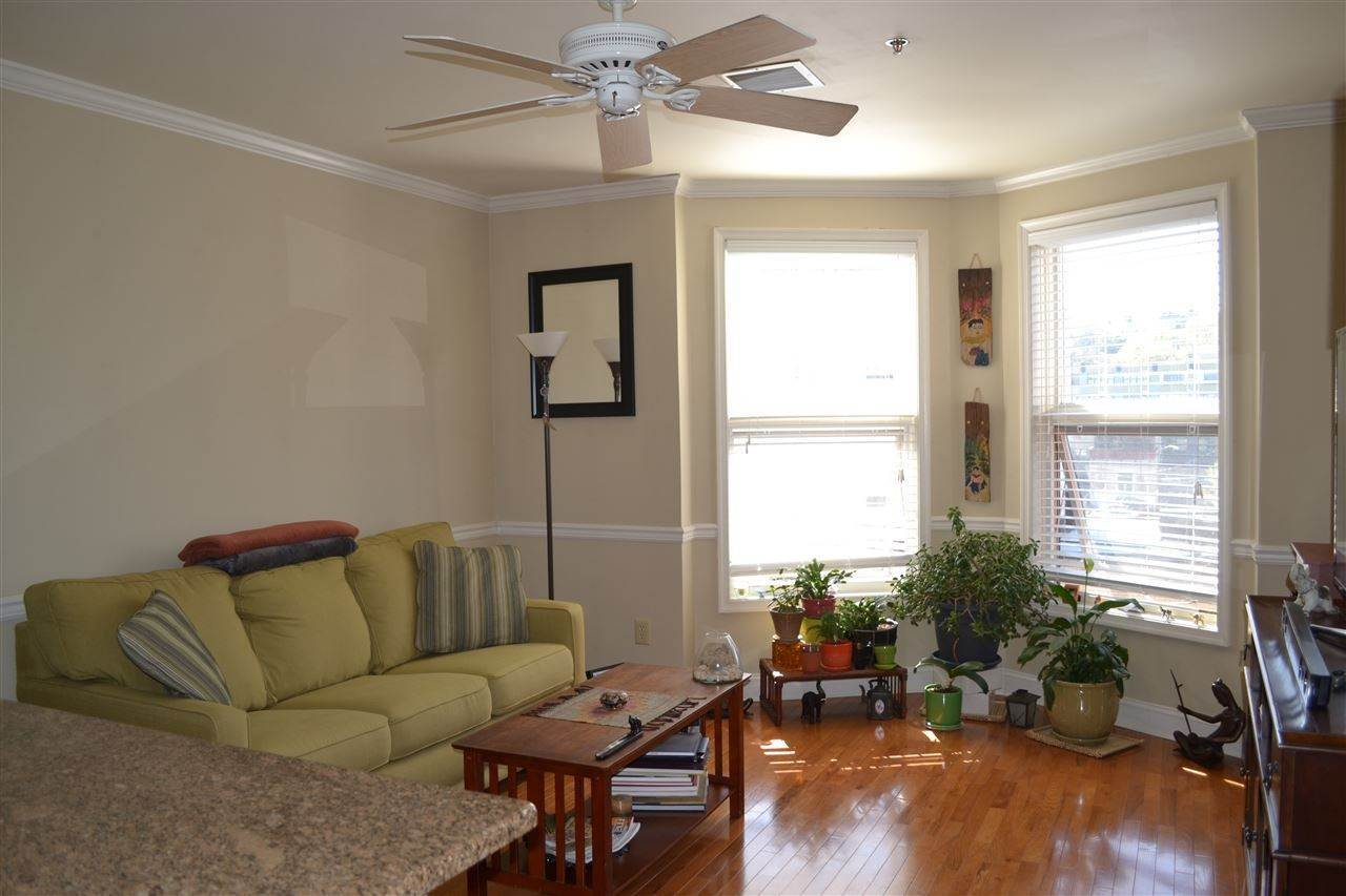 4. Single Family Home for Rent at 725 JEFFERSON STREET #29 Hoboken, New Jersey, 07030 United States