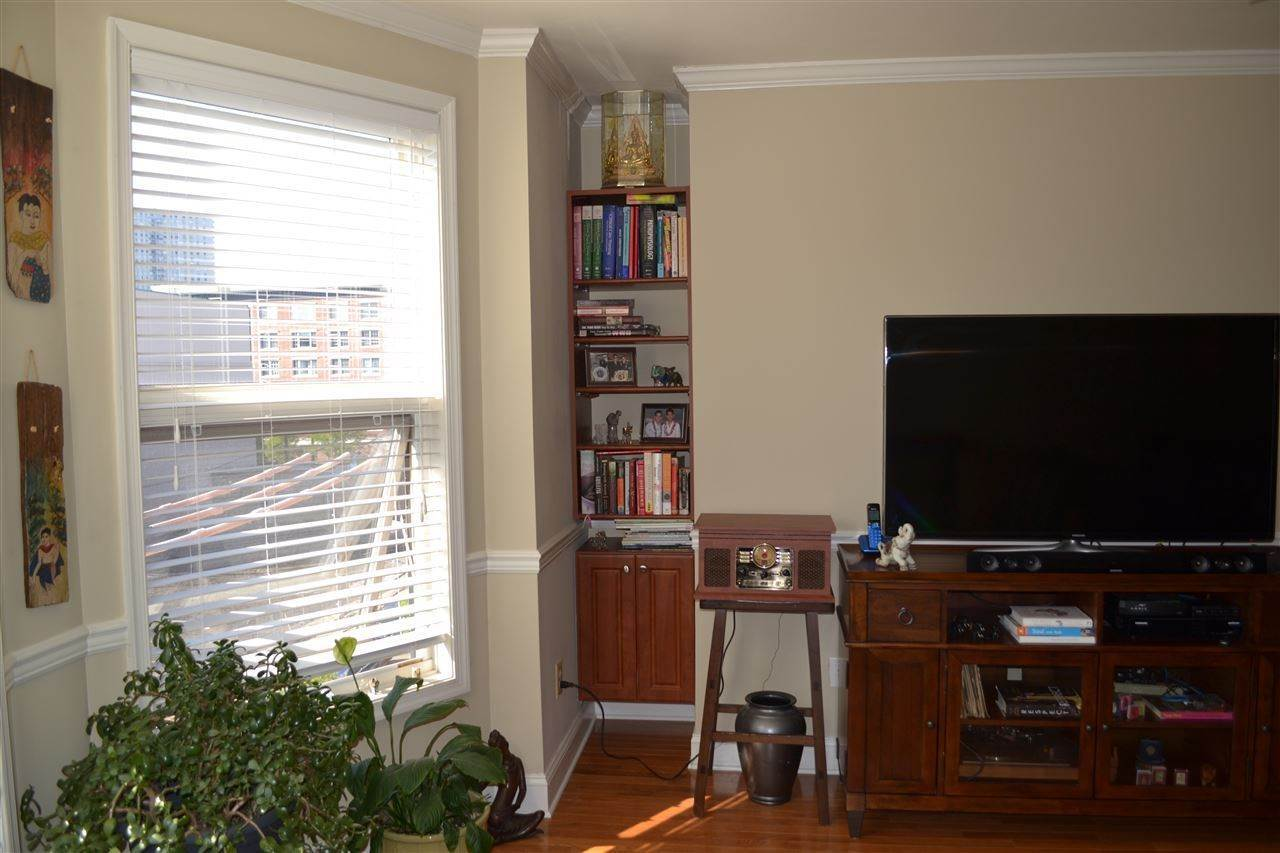 5. Single Family Home for Rent at 725 JEFFERSON STREET #29 Hoboken, New Jersey, 07030 United States