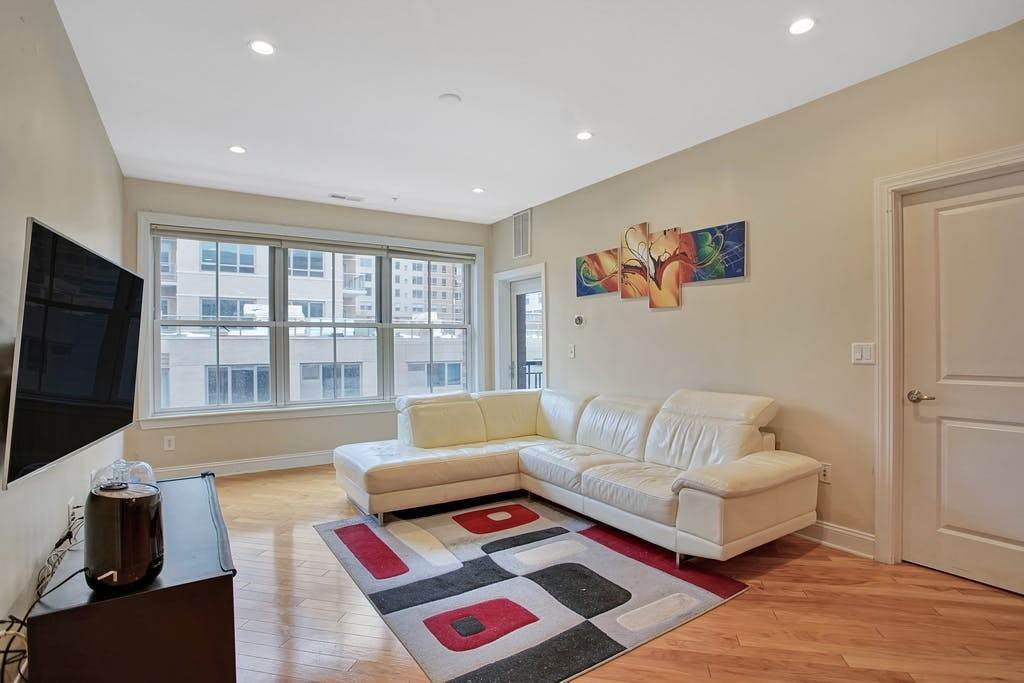 Condominium for Sale at 20 AVENUE AT PORT IMPERIAL #316 West New York, New Jersey, 07093 United States