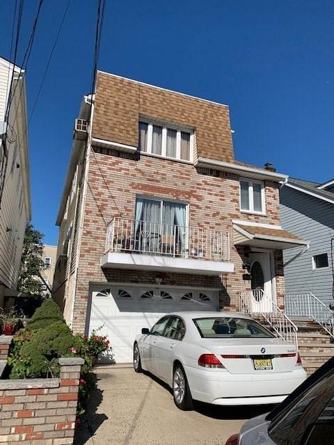 Apartments / Flats for Rent at 900 73RD STREET #2 North Bergen, New Jersey, 07047 United States