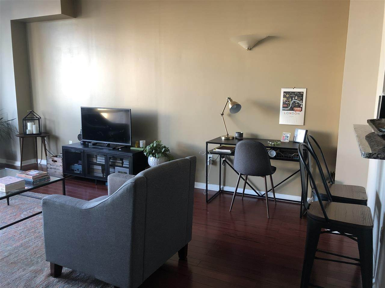 8. Single Family Home for Rent at 20 2ND STREET #PH05 Jersey City, New Jersey, 07302 United States