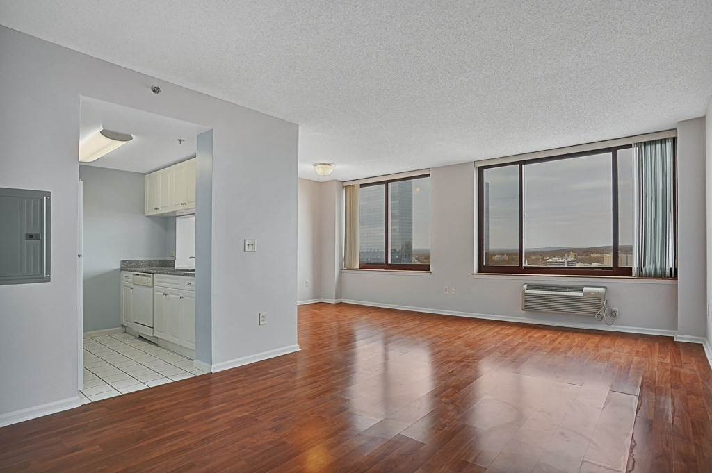 Condominium for Rent at 100 OLD PALISADE ROAD #3814 Fort Lee, New Jersey, 07024 United States