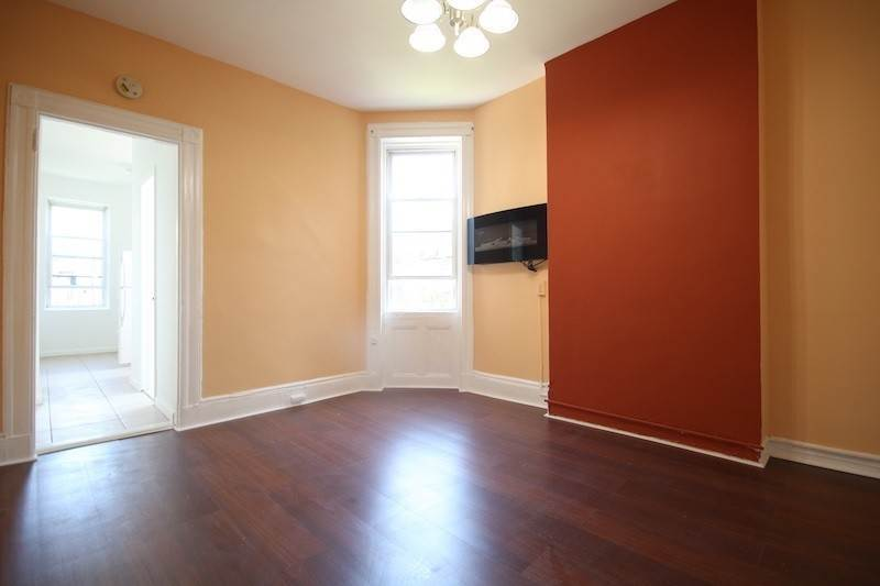 6. Single Family Home for Rent at 310 28TH STREET #4 Union City, New Jersey, 07087 United States