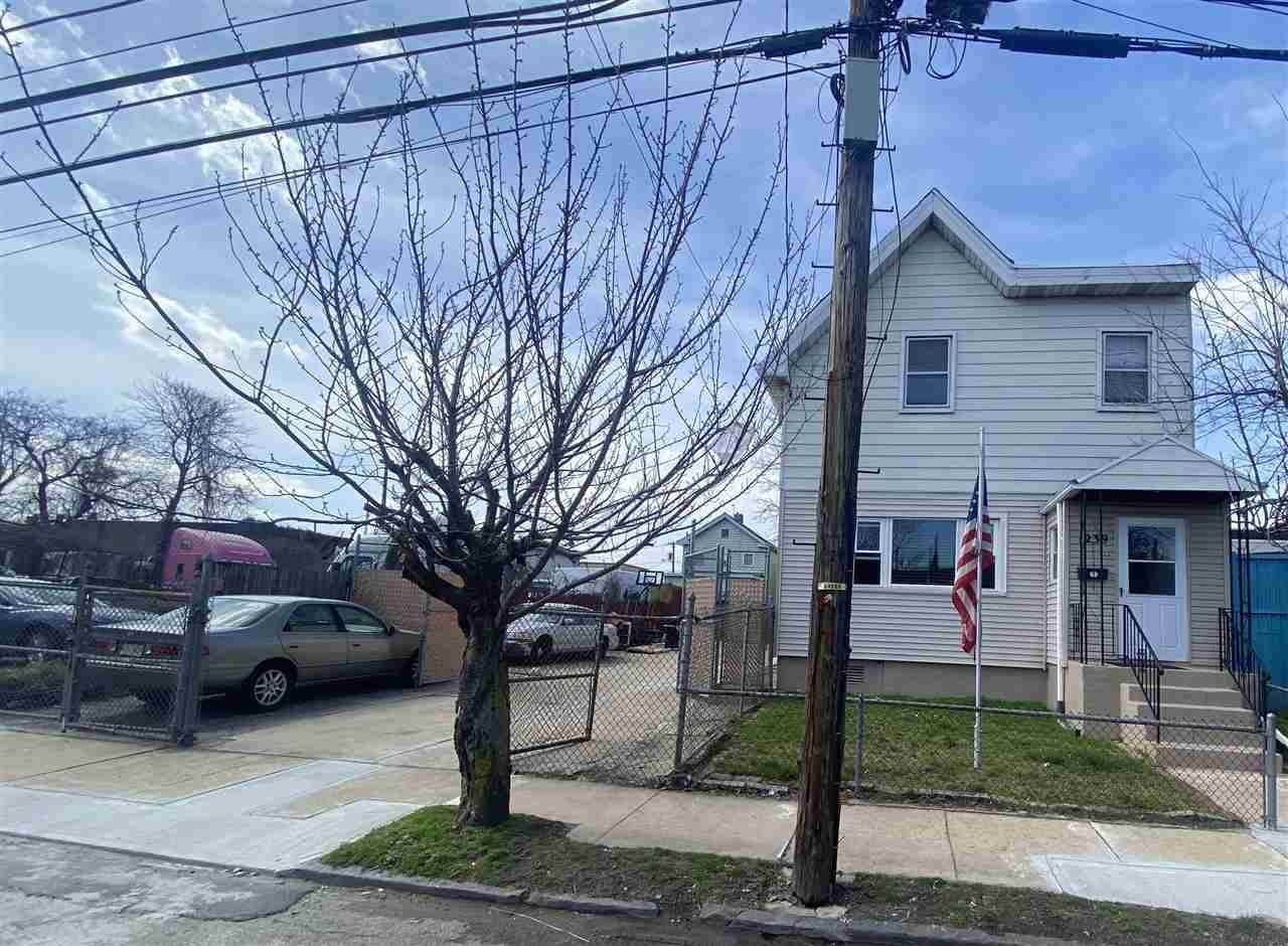 Single Family Home for Sale at 1239 WEST SIDE AVENUE Jersey City, New Jersey, 07306 United States