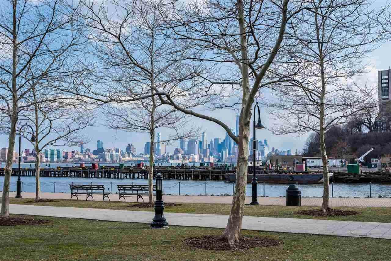 14. Single Family Home for Rent at 1125 MAXWELL LANE #630 Hoboken, New Jersey, 07030 United States