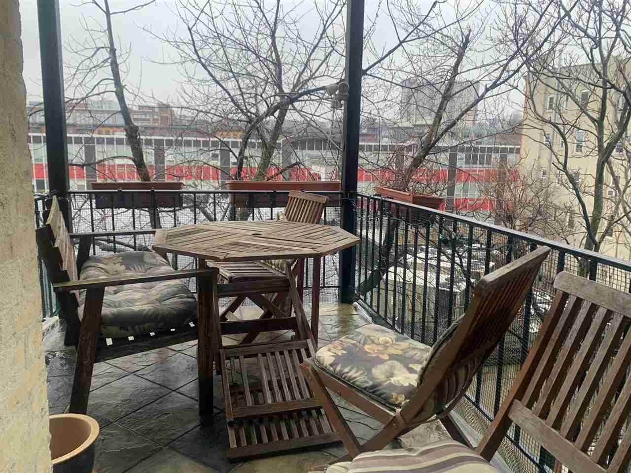 6. Single Family Home for Rent at 816 WILLOW AVENUE #4R Hoboken, New Jersey, 07030 United States