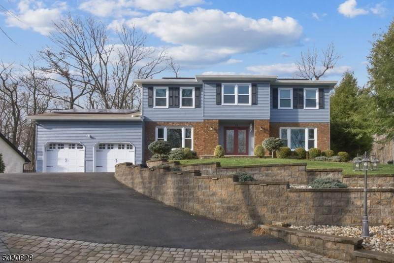 Single Family Home for Sale at 15 TULIP LANE Randolph, New Jersey, 07869 United States