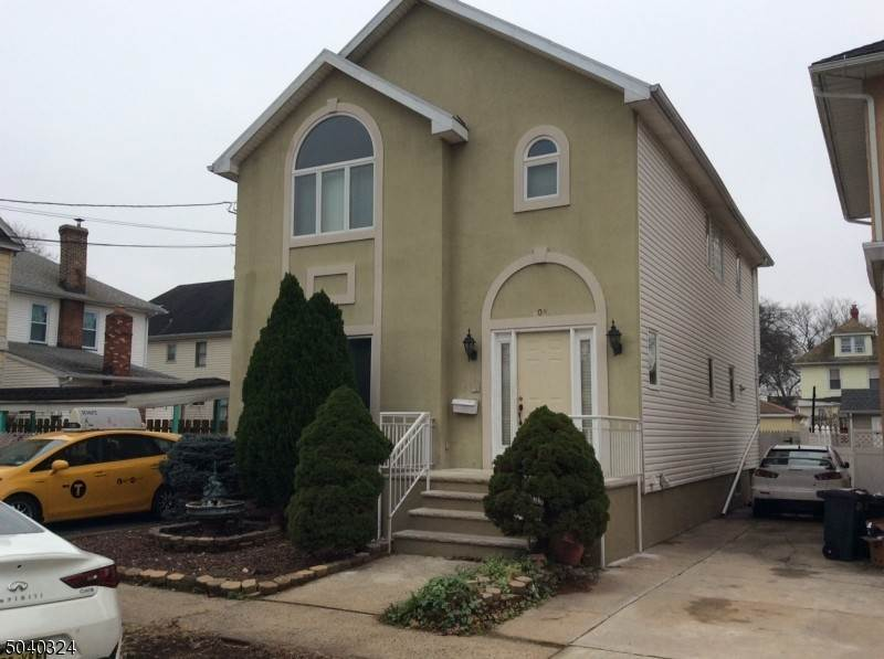 Single Family Home for Rent at 508 BURNHAM ROAD Elizabeth, New Jersey, 07202 United States