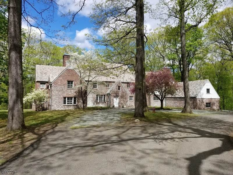 Single Family Home for Sale at 7 HORSESHOE BEND ROAD Mendham Borough, New Jersey, 07945 United States