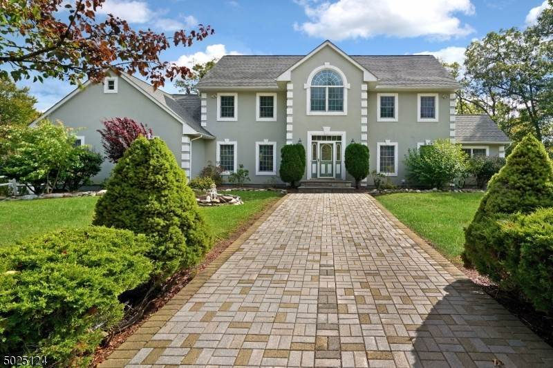 Single Family Home for Sale at 12 EVERGREEN DRIVE Hardwick, New Jersey, 07825 United States