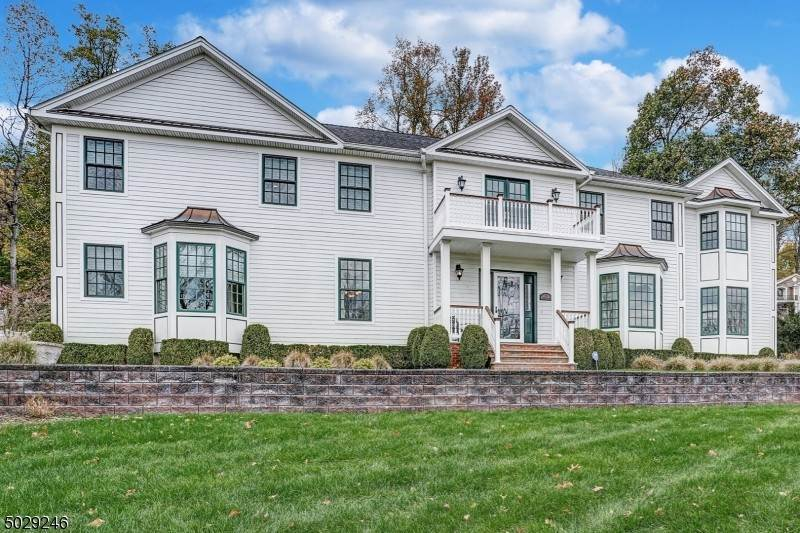 Single Family Home for Sale at 6 VALLEY VIEW ROAD Chatham Township, New Jersey, 07928 United States