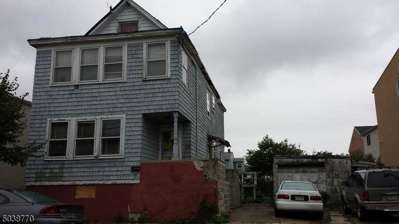 Single Family Home for Rent at 544 4TH AVENUE Elizabeth, New Jersey, 07202 United States