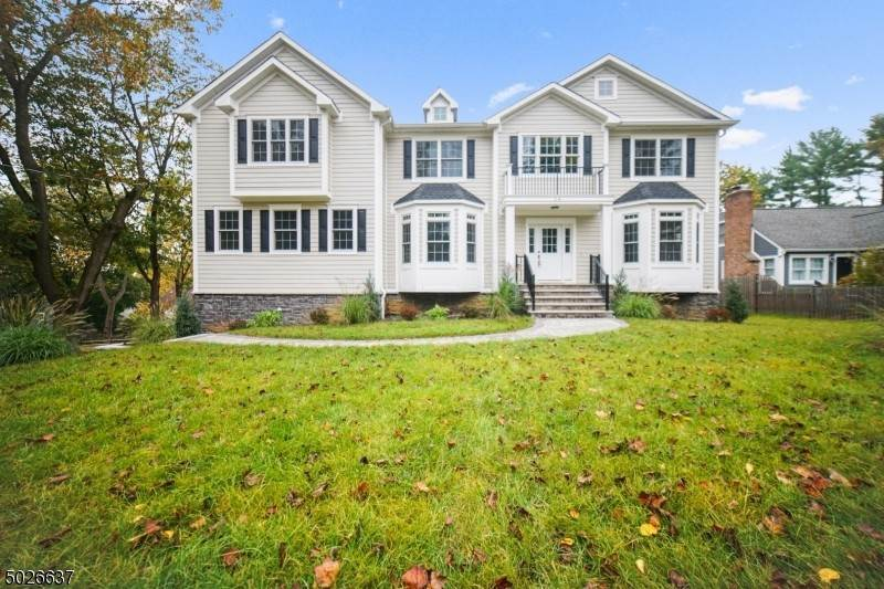 Single Family Home for Sale at 14 CHESTNUT ROAD Chatham Township, New Jersey, 07928 United States