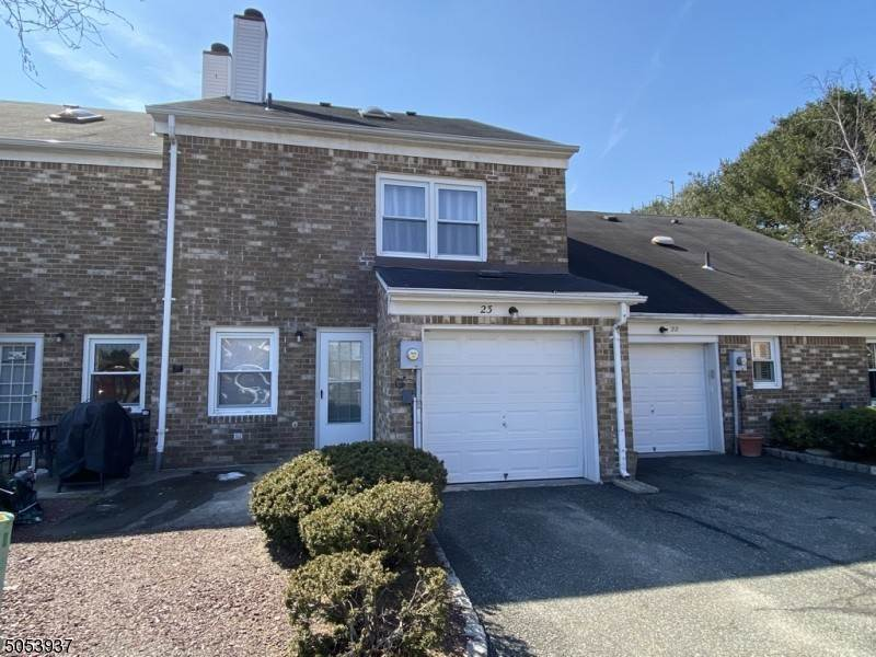 16. Condo / Townhouse for Rent at 23 Burnham COURT Scotch Plains, New Jersey, 07076 United States