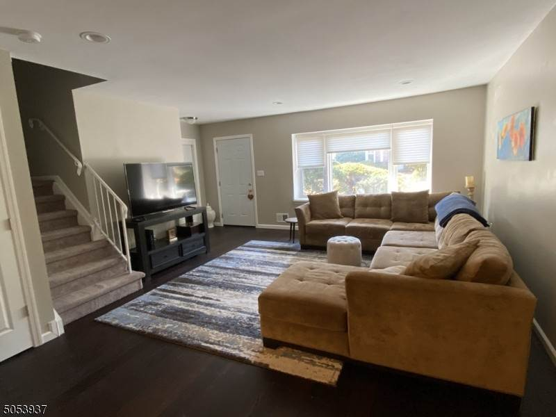 7. Condo / Townhouse for Rent at 23 Burnham COURT Scotch Plains, New Jersey, 07076 United States