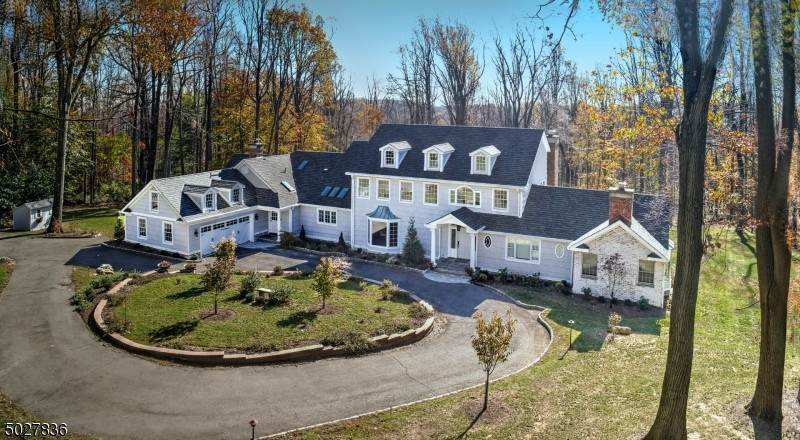 Single Family Home for Sale at 78 CARRIAGE HOUSE ROAD Bernardsville, New Jersey, 07924 United States