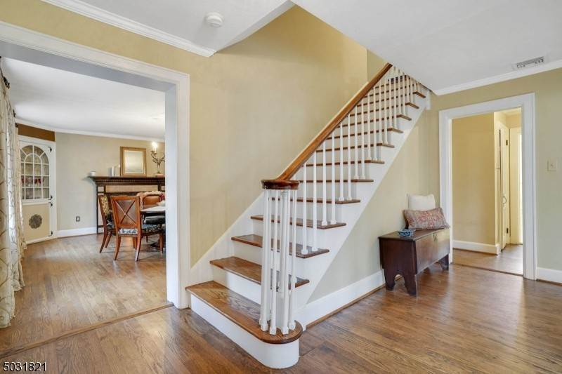 2. Single Family Home for Sale at 305 SUMMIT AVENUE Summit, New Jersey, 07901 United States