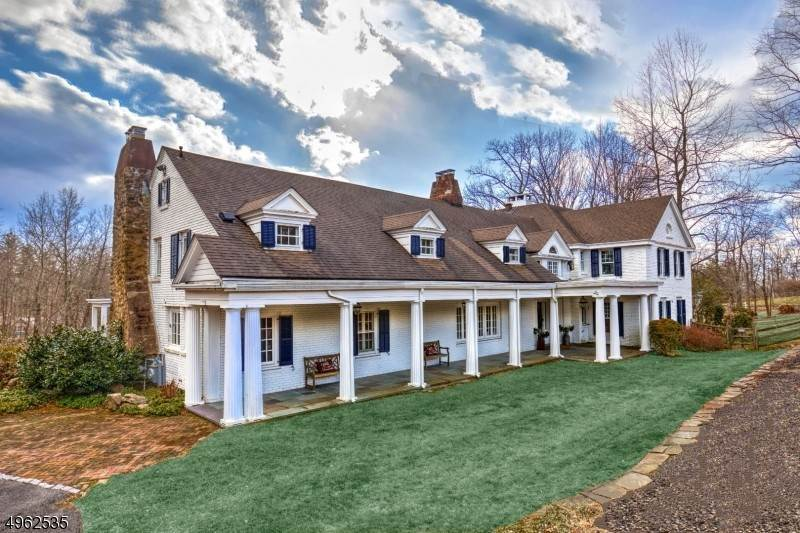 Single Family Home for Sale at 40 Turnbull Lane Bernardsville, New Jersey, 07924 United States