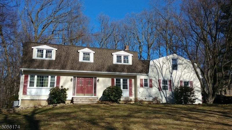 Single Family Home for Sale at 14 Andrews Road Randolph, New Jersey, 07869 United States