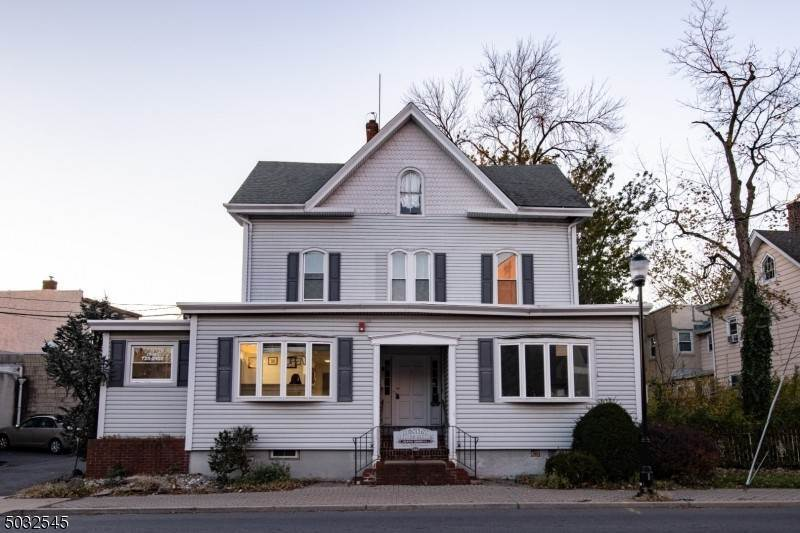 Single Family Home for Rent at 17 NORTH BRIDGE STREET Somerville, New Jersey, 08876 United States