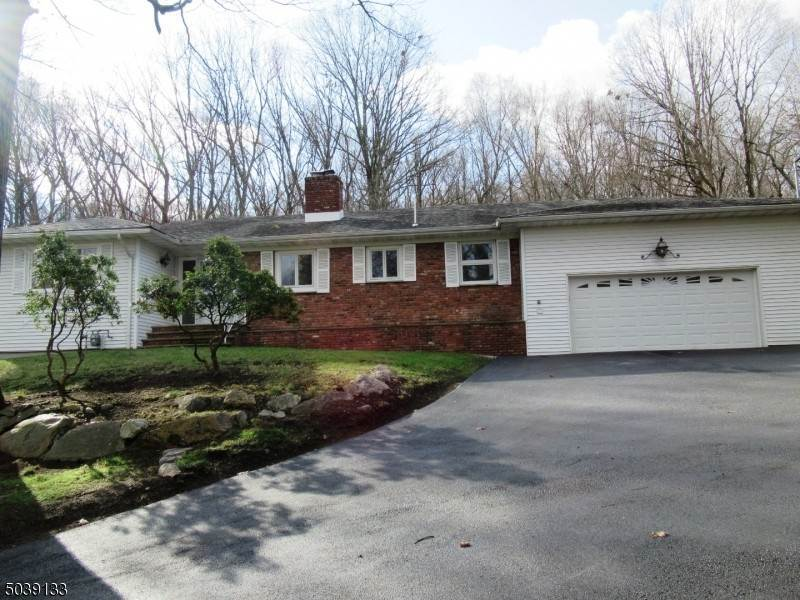 Single Family Home for Sale at 25 DE CAMP DRIVE Boonton Township, New Jersey, 07005 United States