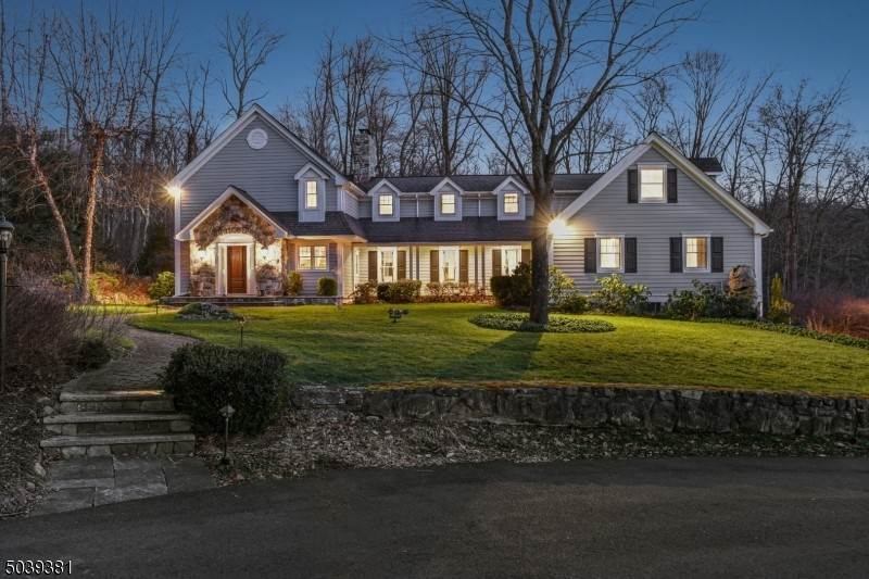 Single Family Home for Sale at 100 Kingsland Road Boonton Township, New Jersey, 07005 United States