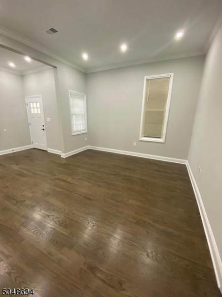 3. Rentals for Rent at 316 Morris Avenue Apt 2 #2 Elizabeth, New Jersey, 07208 United States