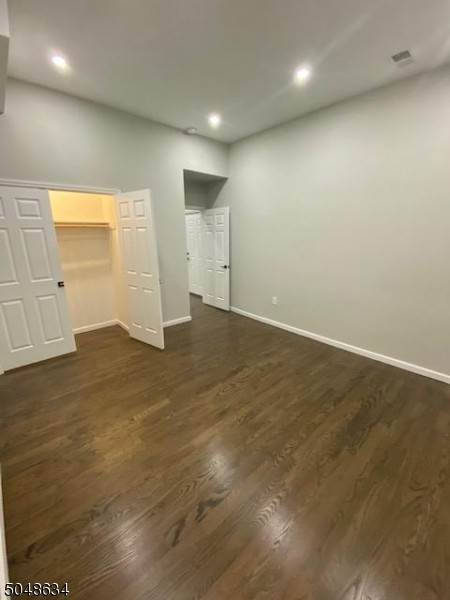 9. Rentals for Rent at 316 Morris Avenue Apt 2 #2 Elizabeth, New Jersey, 07208 United States