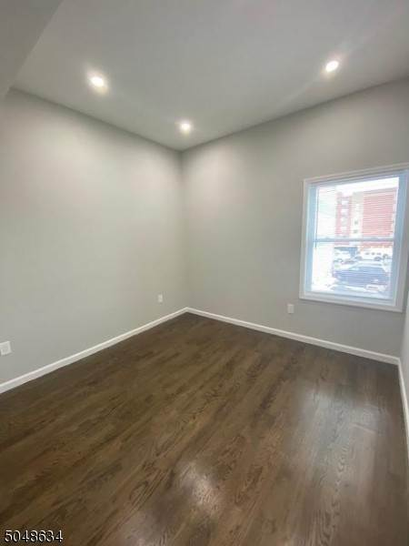 14. Rentals for Rent at 316 Morris Avenue Apt 2 #2 Elizabeth, New Jersey, 07208 United States