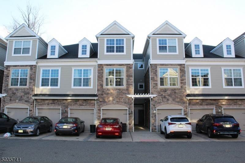 Condo / Townhouse for Rent at 608 LOPEZ LANE Morris Plains, New Jersey, 07950 United States