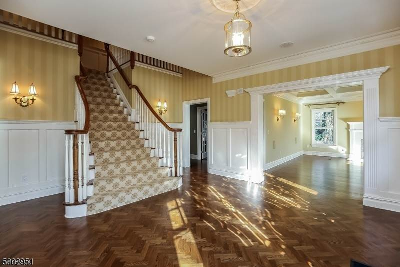 3. Single Family Home for Sale at 111 WHITTREDGE ROAD Summit, New Jersey, 07901 United States