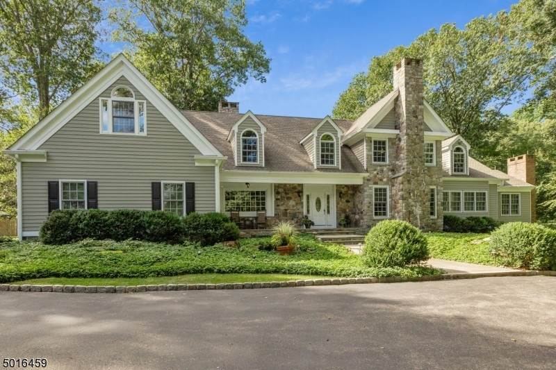 Single Family Home for Sale at 17 GLENNON FARM LANE Tewksbury Township, New Jersey, 08833 United States