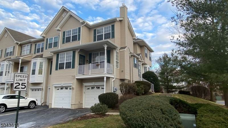 Condo / Townhouse for Rent at 33 CLEARBROOK LANE Raritan Township, New Jersey, 08822 United States