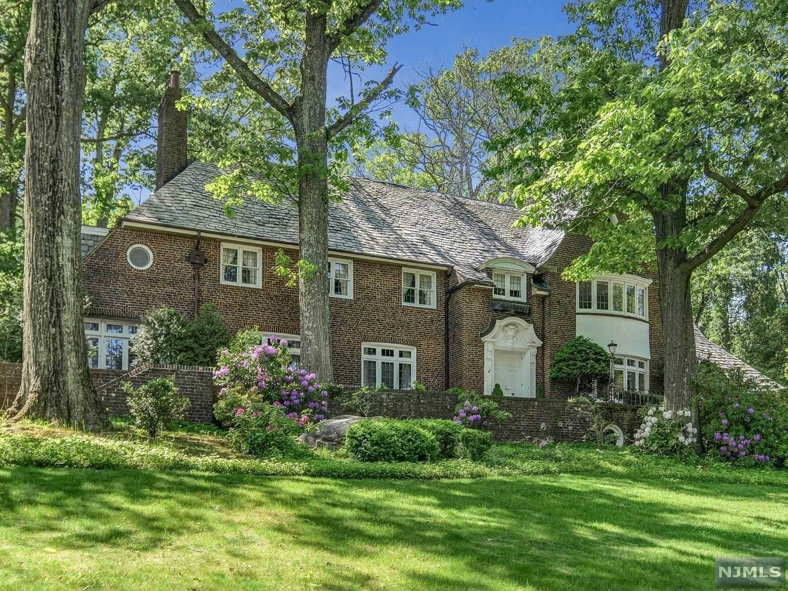 Single Family Home for Sale at 330 Upper Mountain Avenue Montclair, New Jersey, 07043 United States