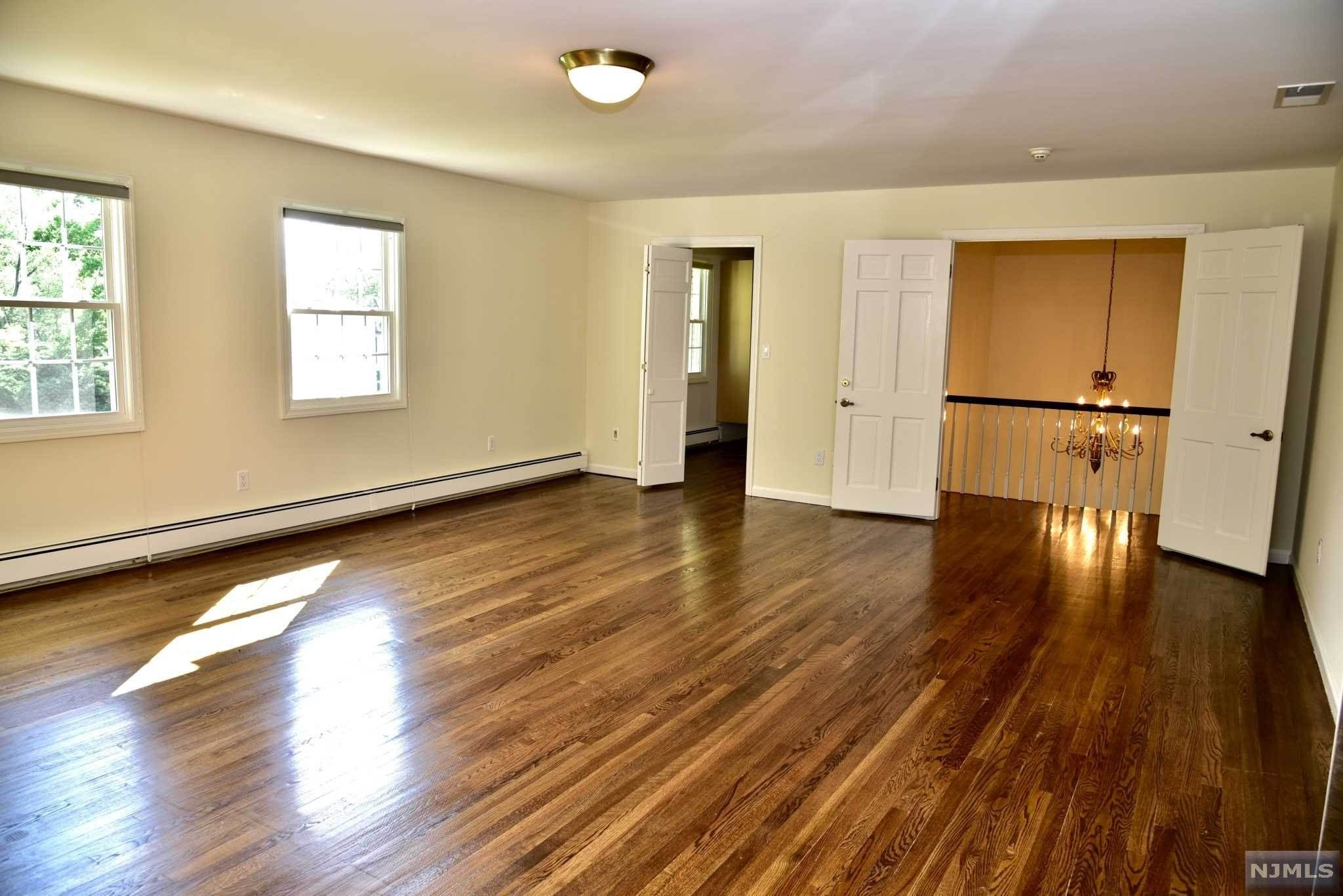 10. Rental Communities for Rent at 23 Pike Street Alpine, New Jersey, 07620 United States