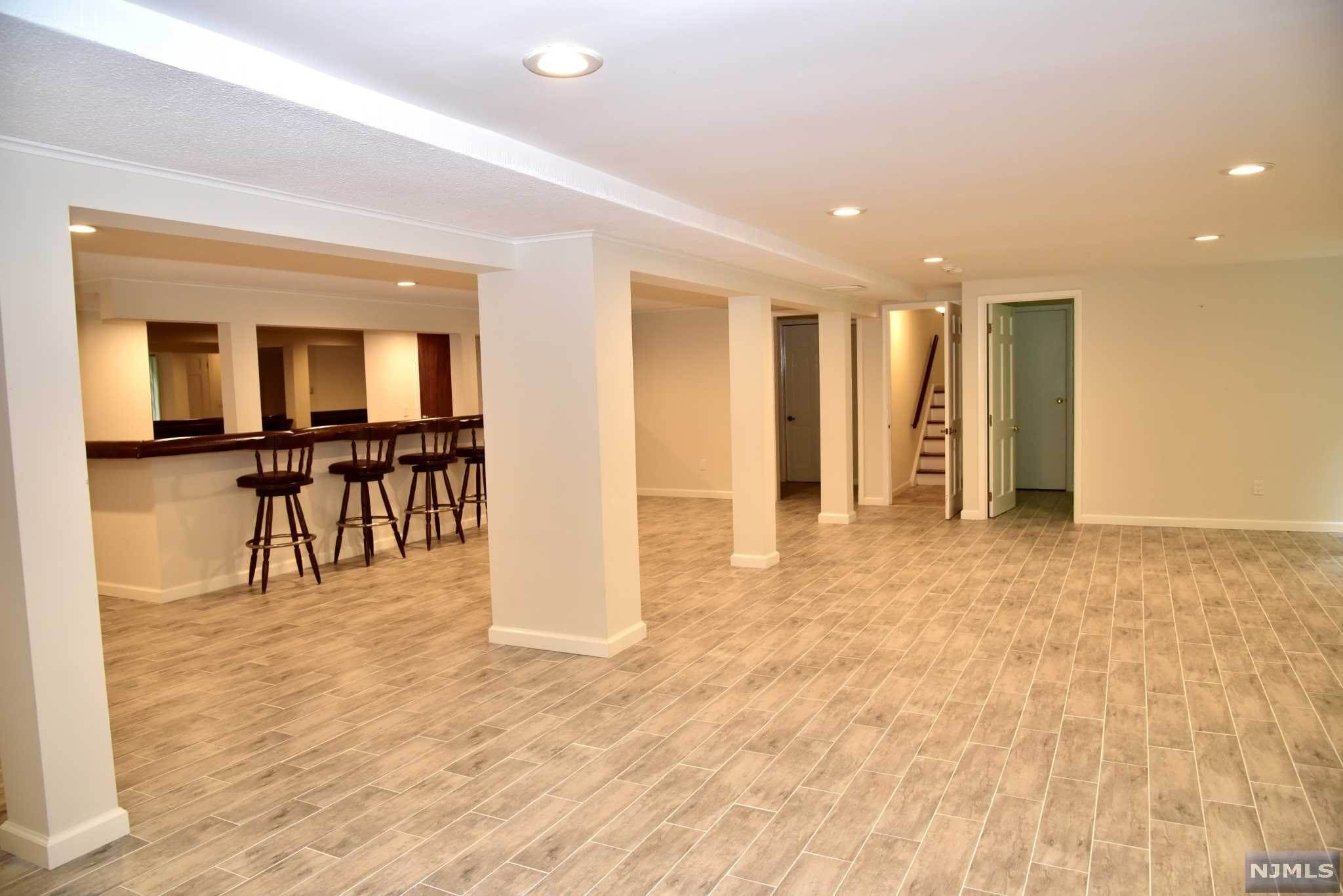 14. Rental Communities for Rent at 23 Pike Street Alpine, New Jersey, 07620 United States