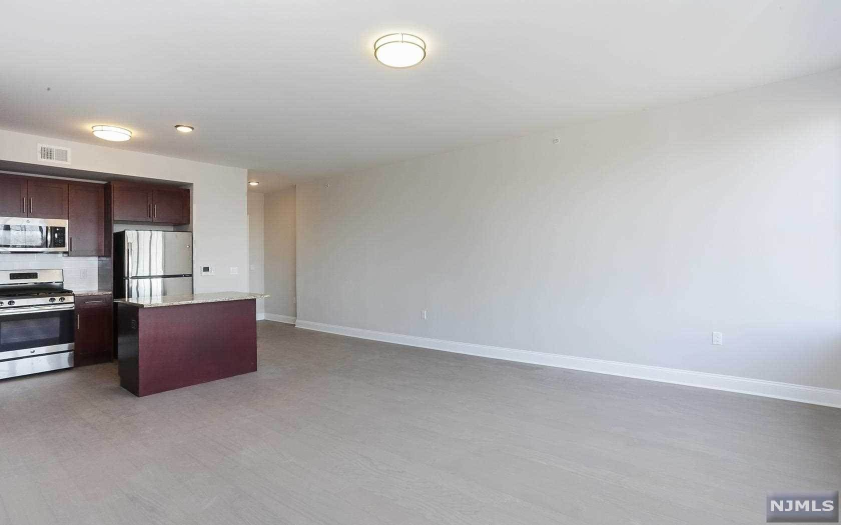 4. Rental Communities for Rent at 555 10th Street #305 Palisades Park, New Jersey, 07650 United States